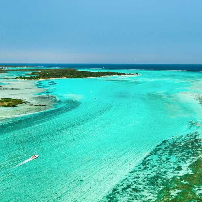 dream-dolphin-lagon-mahebourg-bateau-mauritius
